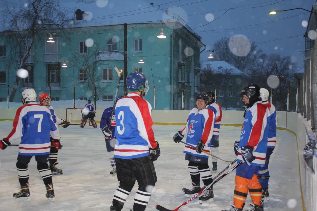 Подарки маленьким хоккеистам 94
